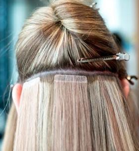 4 vanliga misstag du gör när du plattar håret